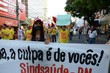 Segundo lideranças sindicais, participaram da passeata entre 500 e 800 trabalhadores das mais diversas categorias