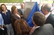 Aldo Rebelo e Rosalba Ciarlini no momento do descerramento da placa de inauguraçã do centro de treinamento da UFRN