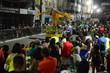 Campeã do Grupo B, a escola de samba Águia Dourada faz o desfile na avenida Duque de Caxias