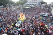 Milhares de fiéis acompanham imagem de Nossa Senhora da Apresentação no Centro de Natal