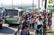 Paradas de ônibus de Natal estão lotadas desde as primeiras horas da manhã